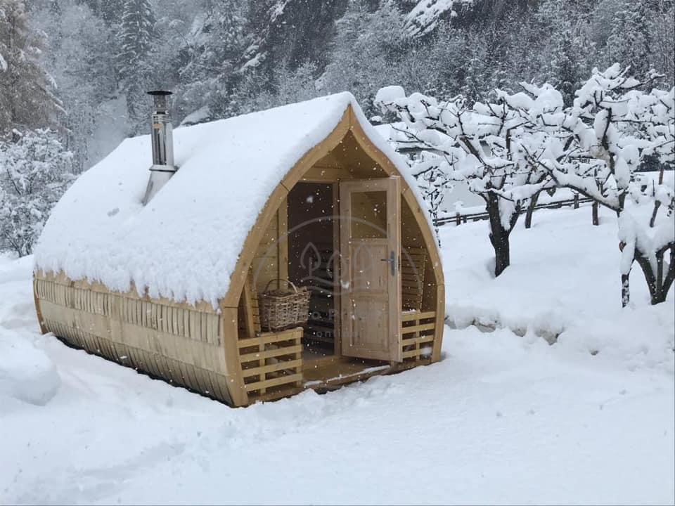 Scandole in legno copertura per il tetto della sauna da esterno con panorama