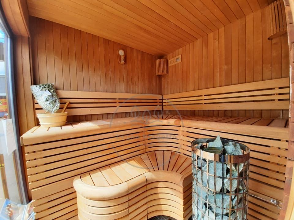 Vendiamo lussuosa sauna finlandese da esterni con doccia zona relax e mobili