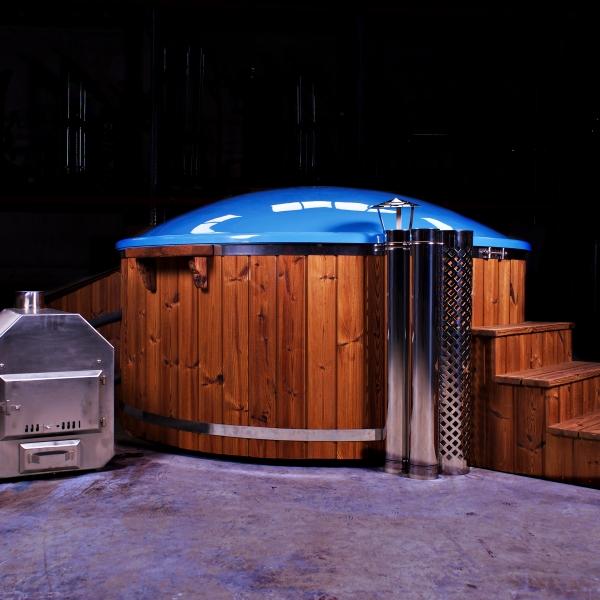 Tinozza moderna in vetroresina Wellness con stufa a legna